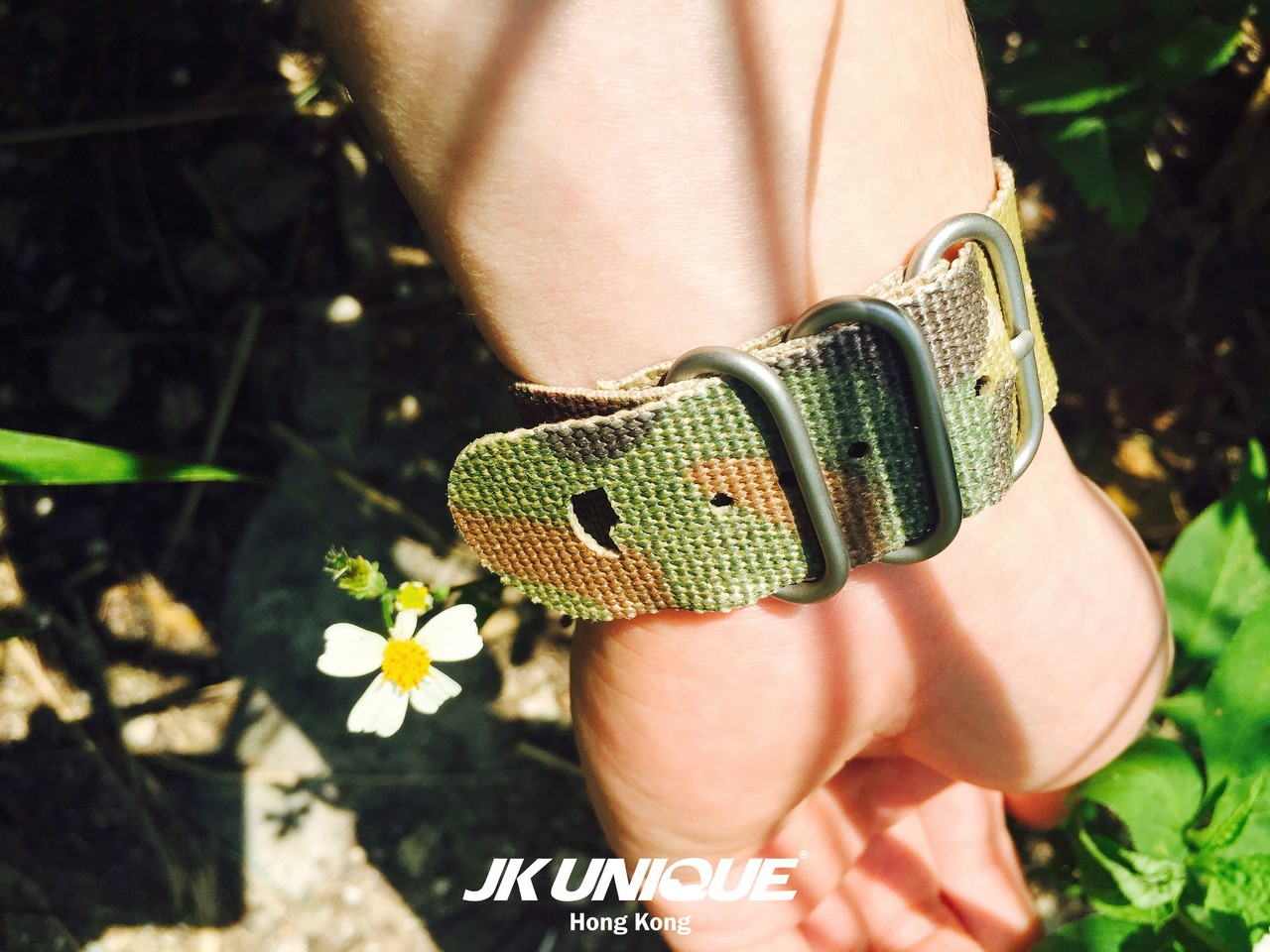 JK UNIQUE CAMO NATO Style Apple Watch Strap 42mm 8 (1280).jpg