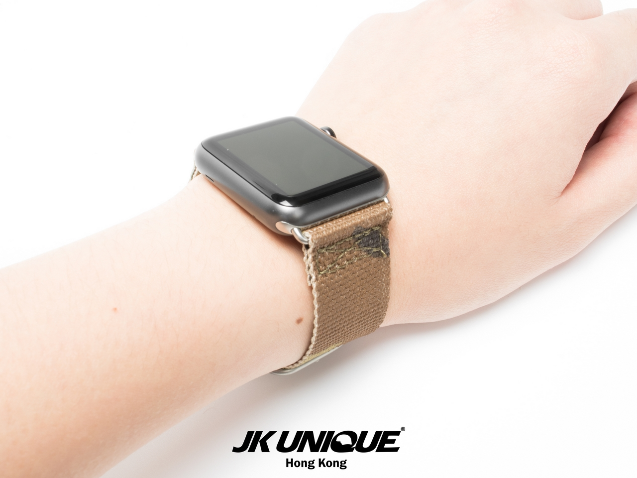 JK-UNIQUE-CAMO-NATO-Apple-Watch-Strap-42mm-1 (1280).jpg