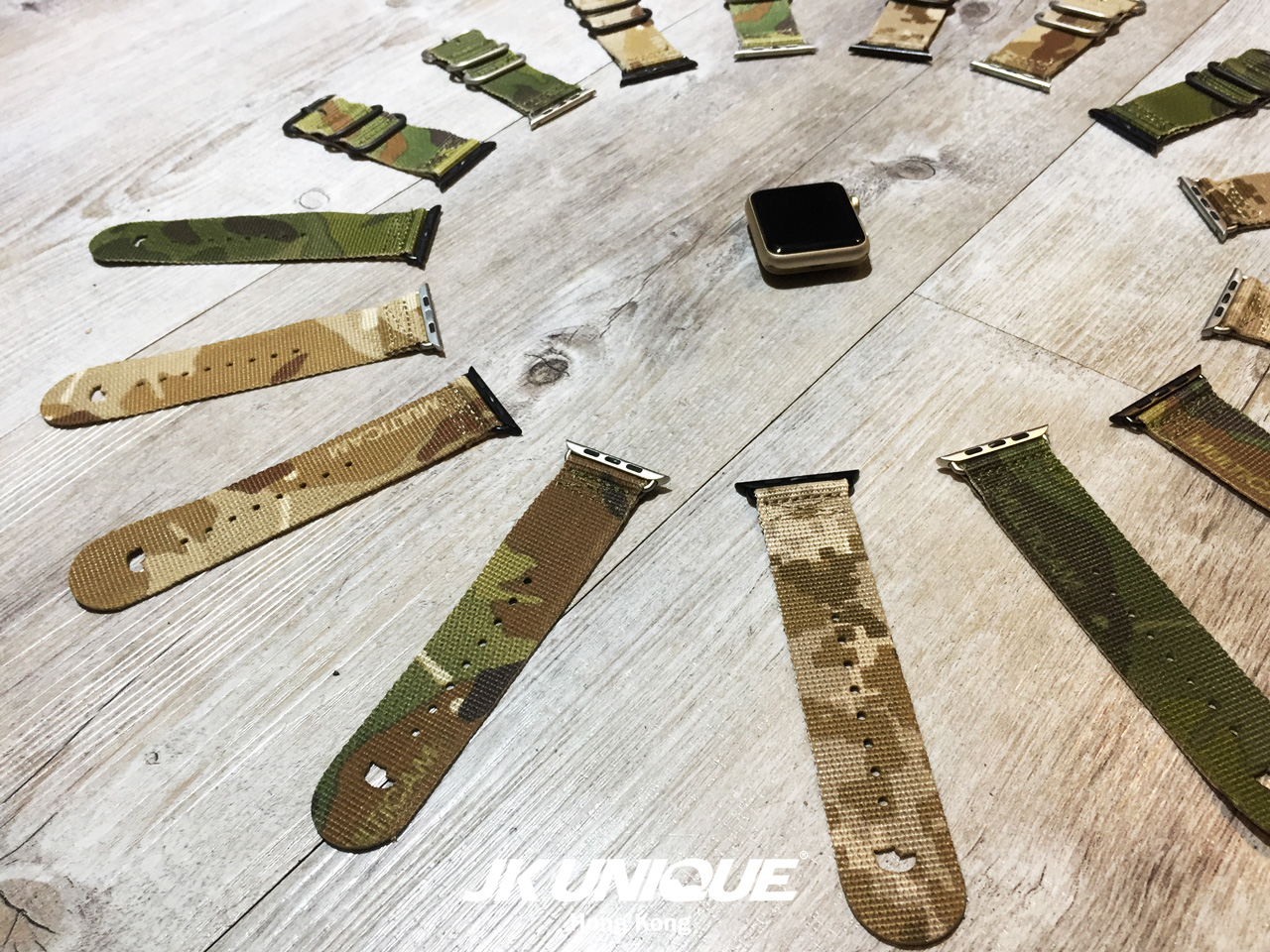 JK-UNIQUE-CAMO-NATO-Style-Apple-Watch-Strap-42mm-31-(1280).jpg