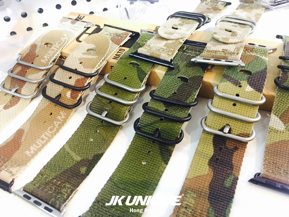 JK-UNIQUE-CAMO-NATO-Style-Apple-Watch-Strap-42mm-36-(1280).jpg